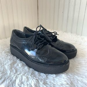 Musse & Cloud Wing Tip Black Patent Oxfords Sz 10